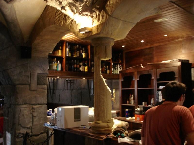Decoraciones reformas reproducciones revestimientos rusticos - Decoracion de bares y restaurantes ...