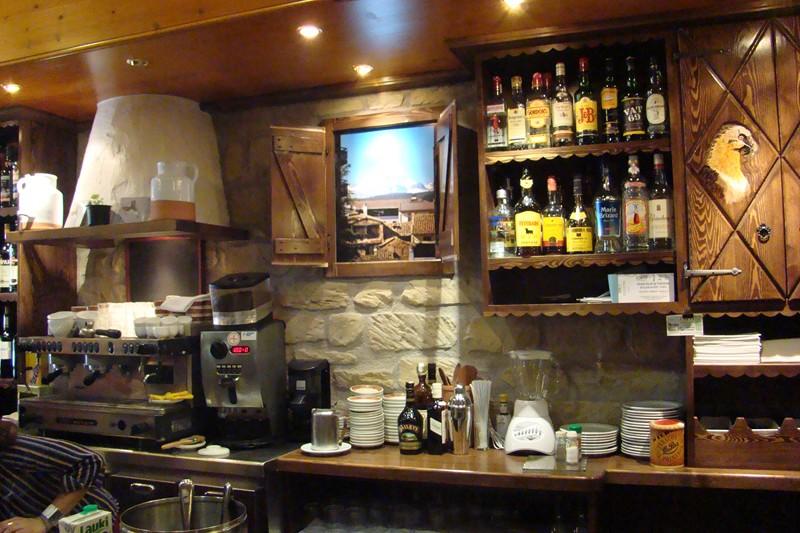 Decoracion de interiores bares rusticos originales casa - Decoracion de interiores de bares ...